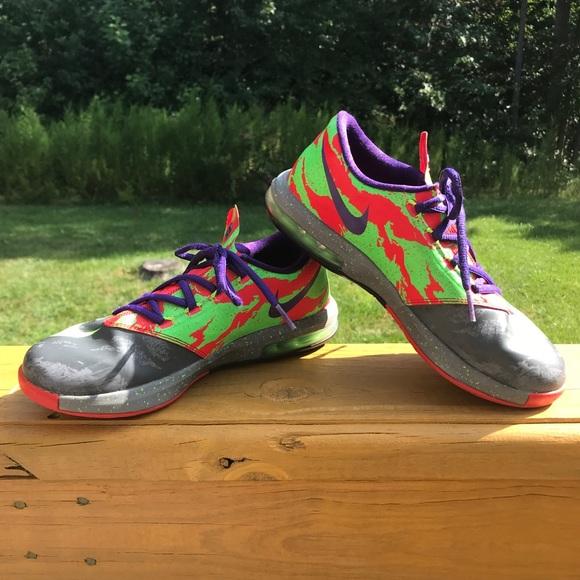 "brand new 51e6d c6466 Boys Nike KD VI ""Energy"" Basketball low-tops. M 5b76f1cfdcf855c4d652ac8c"